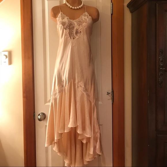 588685a28b6a Natori Nightgown Bathrobe Set beautiful silk. Med.  M 5a475ce0a4c485442914dc58